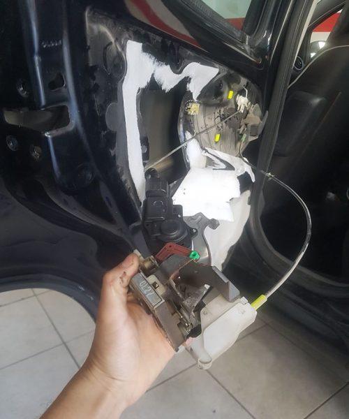 Κλειδαριές αυτοκινήτων-Επισκευή & Αντικατάσταση